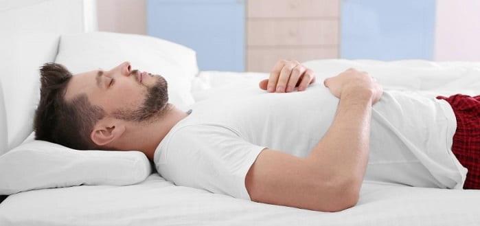 خوابیدن به پشت برای دیسک گردن