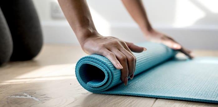 درمان درد سیاتیک با حرکات یوگا