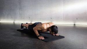 تمرین شنا برای تقویت عضلات کمر