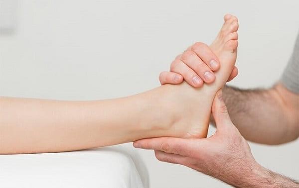 درمان درد پاشنه پابا طب فیزیکی