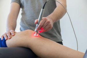 لیزر تراپی ( کم توان و پر توان) و کاربرد آن در کاهش درد و درمان آسیب