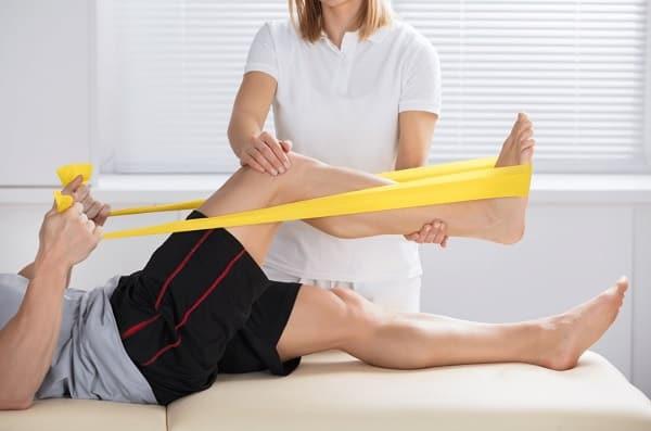 درمان آرتروز کمر با تمرین کشش عضلات همسترینگ