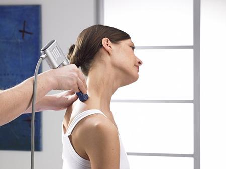 درمان درد گردن با شاک ویو