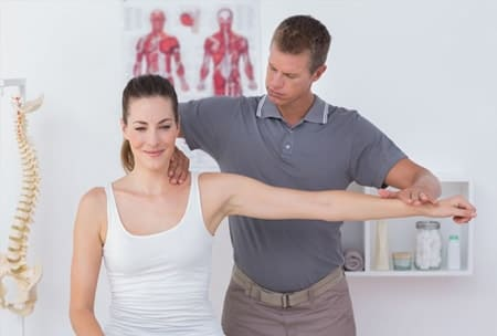 درمان آرتروز و ساییدگی مفصل شانه با تکنیک های درمان دستی